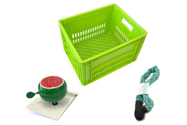 Combinatie van een groene krat met groen kettingslot en groene bel met meloenmotief
