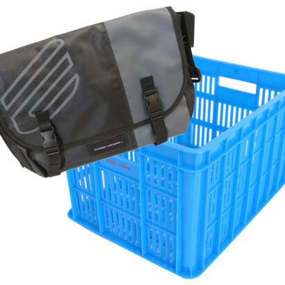 Zwart-grijze schoudertas met blauwe krat